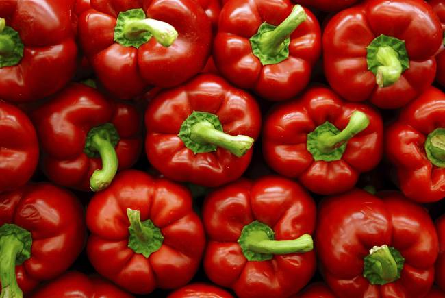 food-red-bell-peppers-istock_000003749985large_0