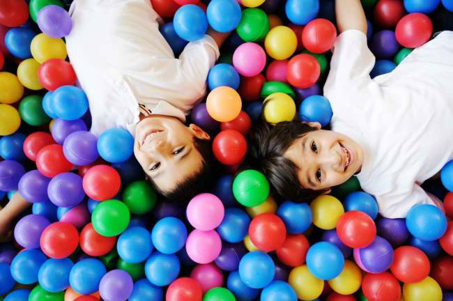 happy-children-playing-together