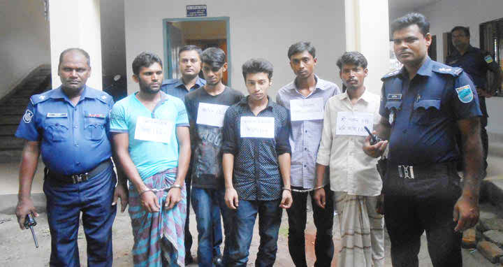 kaligonj-arrested-photo-23-09-2016