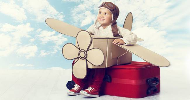 make-holiday-travel-with-kids-drama-free-f