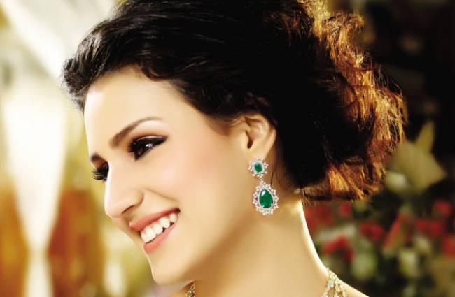 Reasons-to-wear-Diamond-Earrings-665x435