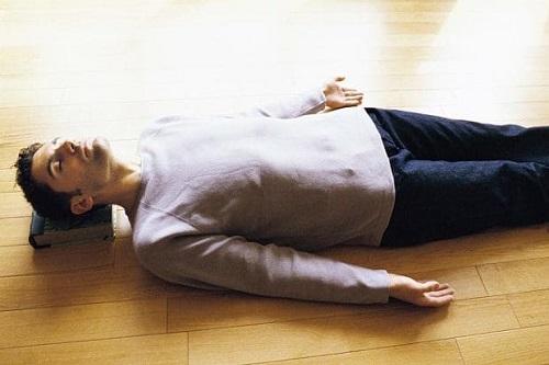 sleeping-on-floor