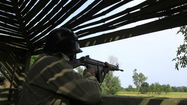 army_working_boundary_pakistan_28314_1477033314