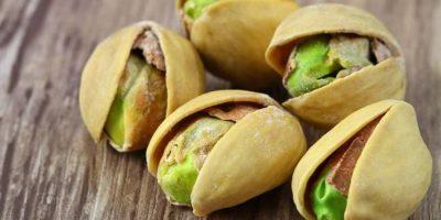 whole-pistachios
