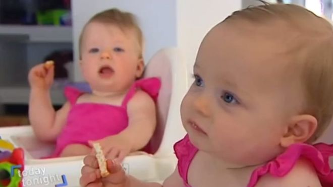charlotte_and_olivia_hill_were_born_on_the_same_day_but_conceived_10_days_apart_30906_1479285537